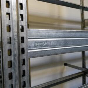 Bert Bandenstelling, 275cm hoog, 4 vakken van 30 x 128cm (Aanbouw)